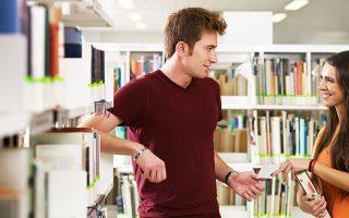4 Consigli su Come Conoscere un Ragazzo